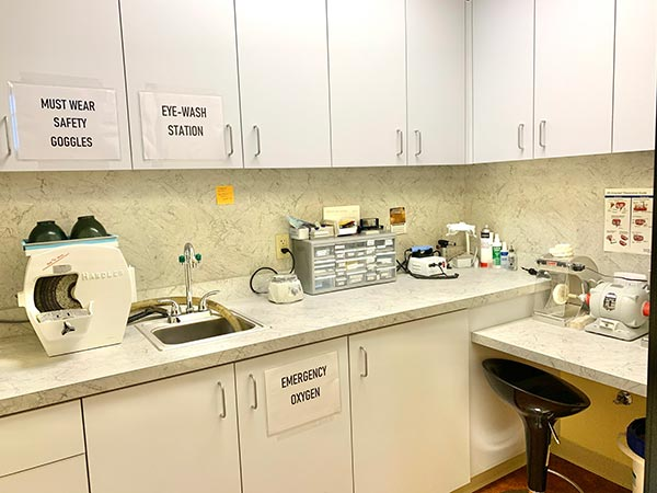 Office laboratory and pantry at PDX Center for Dentistry